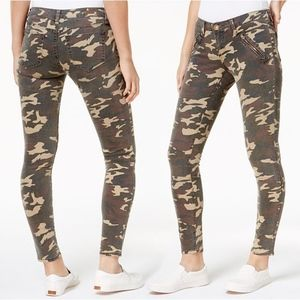 Kut from the Kloth Mia Camouflage Toothpick Skinny